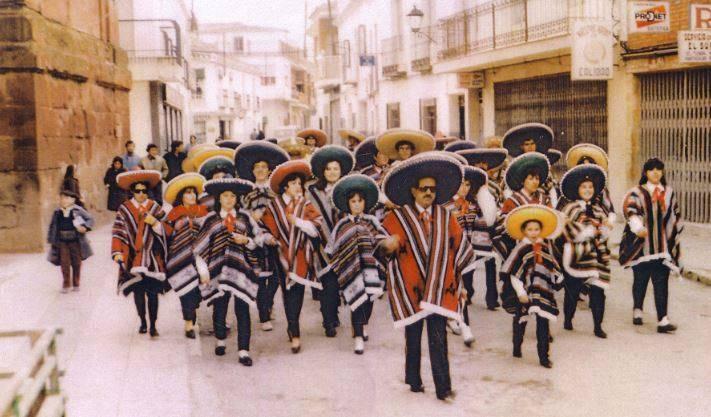 """charanga tio bucha 1980 carnaval de herencia 2 - Carnaval de Herencia, la charanga del """"Tio Bucha"""", años 1980"""