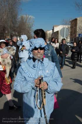 Un Perlé de más de tres metros da la bienvenida al Carnaval de Herencia 32