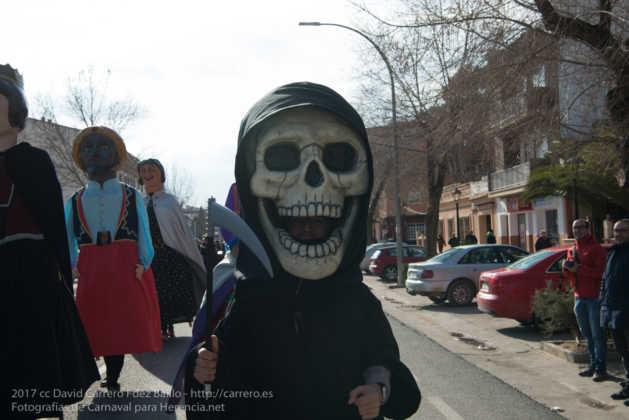Un Perlé de más de tres metros da la bienvenida al Carnaval de Herencia 7