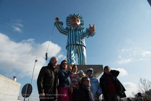 Un Perlé de más de tres metros da la bienvenida al Carnaval de Herencia 43