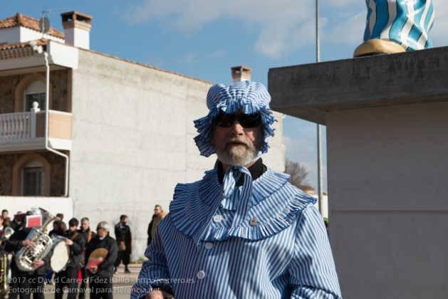 Un Perlé de más de tres metros da la bienvenida al Carnaval de Herencia 47