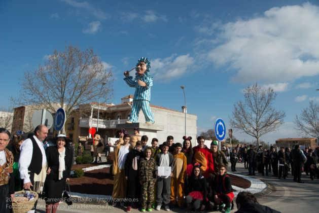Un Perlé de más de tres metros da la bienvenida al Carnaval de Herencia 59