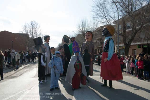 Un Perlé de más de tres metros da la bienvenida al Carnaval de Herencia 67