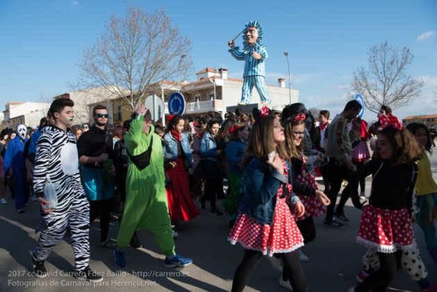 Un Perlé de más de tres metros da la bienvenida al Carnaval de Herencia 80