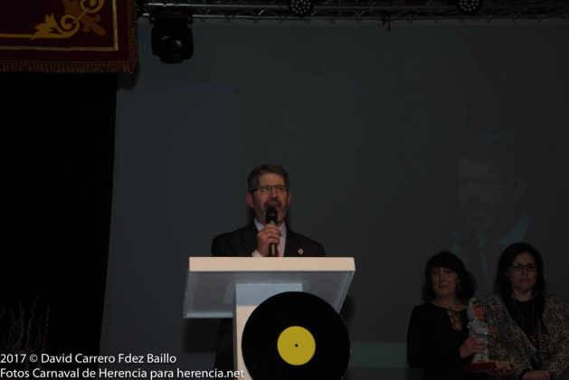 inauguracion carnaval de herencia 2017 en palacio 14 629x420 - El Carnaval de Herencia inaugura su fiesta más destacada