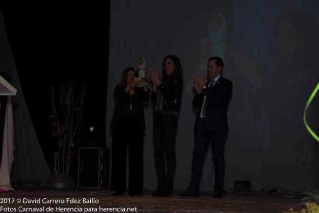 inauguracion carnaval de herencia 2017 en palacio 19 629x420 - El Carnaval de Herencia inaugura su fiesta más destacada