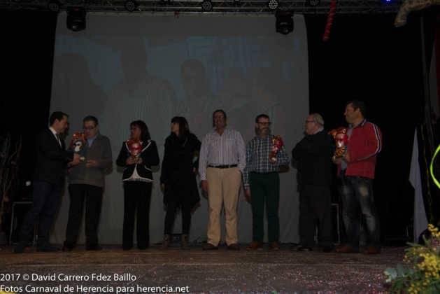 inauguracion carnaval de herencia 2017 en palacio 21 629x420 - El Carnaval de Herencia inaugura su fiesta más destacada
