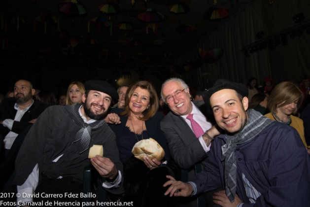 inauguracion carnaval de herencia 2017 en palacio 24 629x420 - El Carnaval de Herencia inaugura su fiesta más destacada