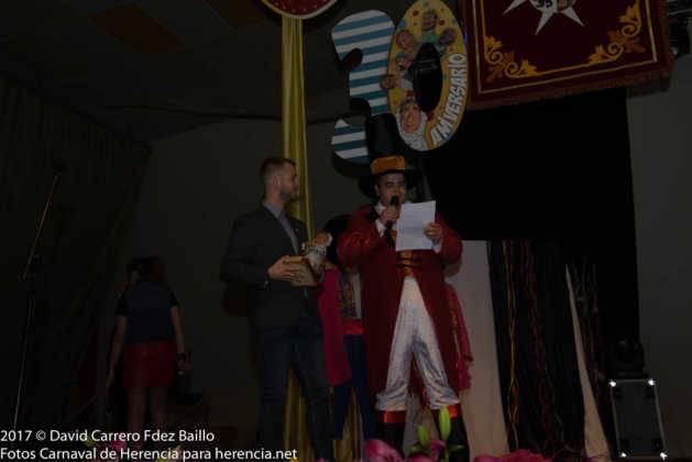 inauguracion carnaval de herencia 2017 en palacio 25 629x420 - El Carnaval de Herencia inaugura su fiesta más destacada