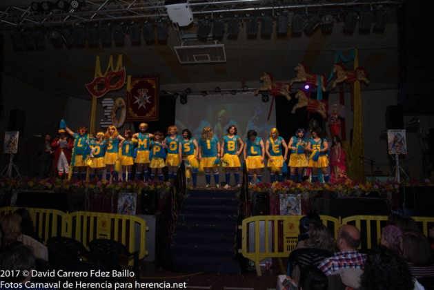 inauguracion carnaval de herencia 2017 en palacio 27 629x420 - El Carnaval de Herencia inaugura su fiesta más destacada