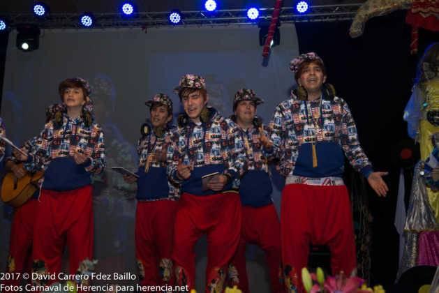 inauguracion carnaval de herencia 2017 en palacio 33 629x420 - El Carnaval de Herencia inaugura su fiesta más destacada
