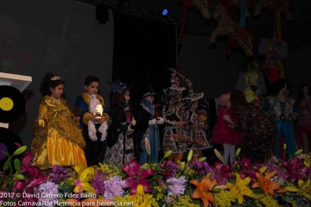 inauguracion carnaval de herencia 2017 en palacio 8 629x420 - El Carnaval de Herencia inaugura su fiesta más destacada