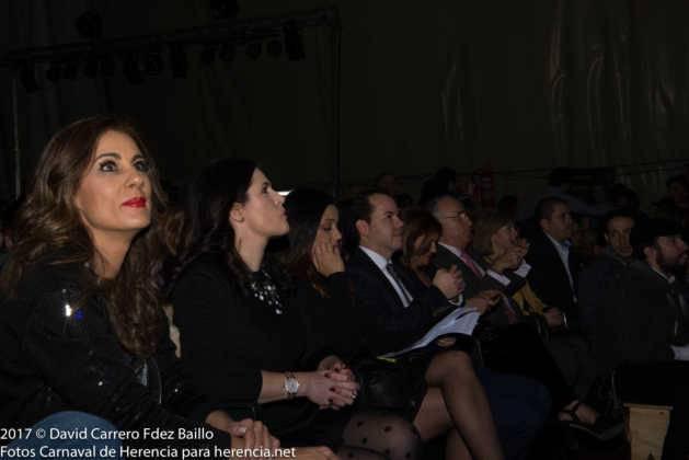 inauguracion carnaval de herencia 2017 en palacio 9 629x420 - El Carnaval de Herencia inaugura su fiesta más destacada