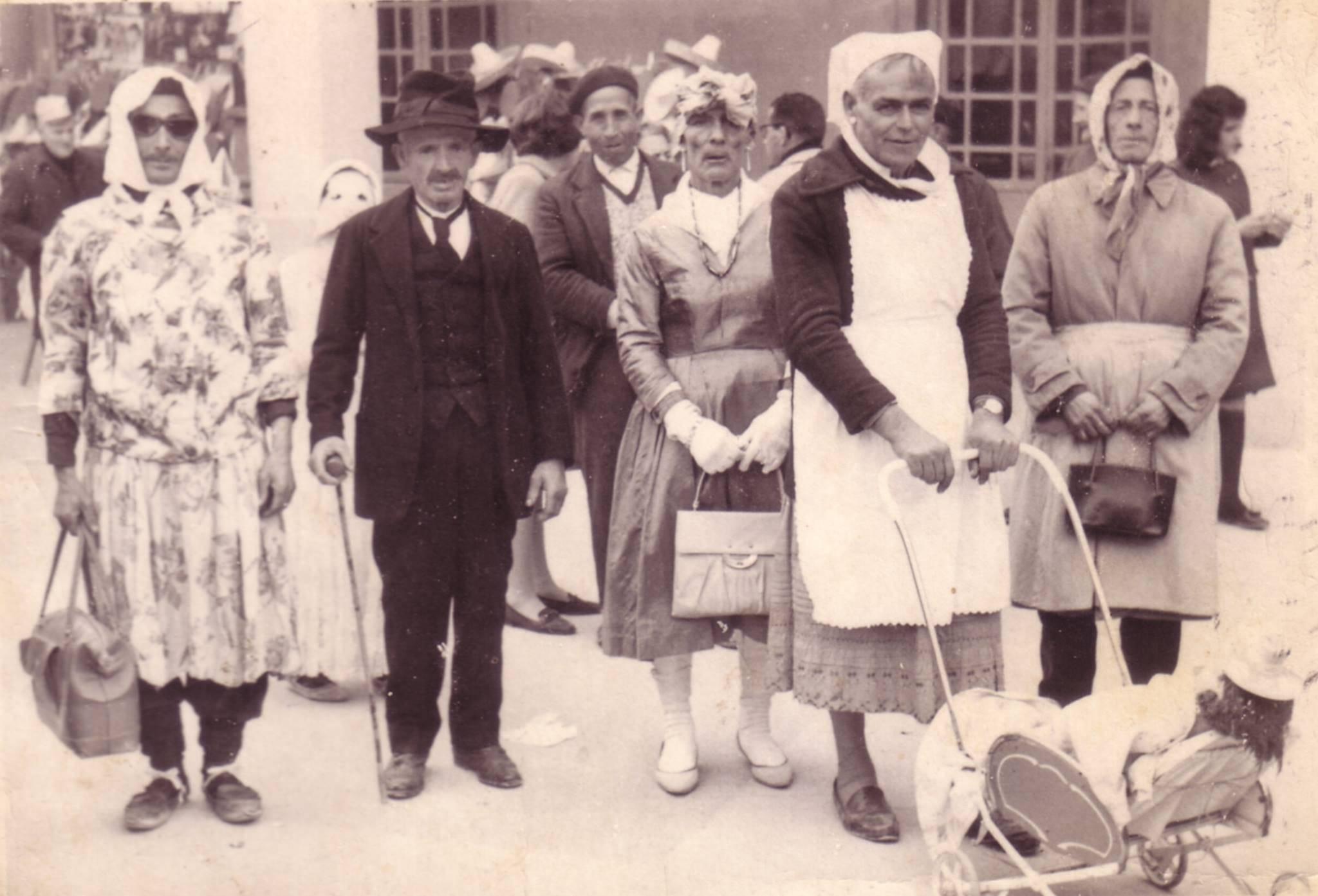 jesusillo patarrilla corrije picha calzones 1960 carnaval de herencia - Seguimos con la historia del Carnaval de Herencia a través de imágenes