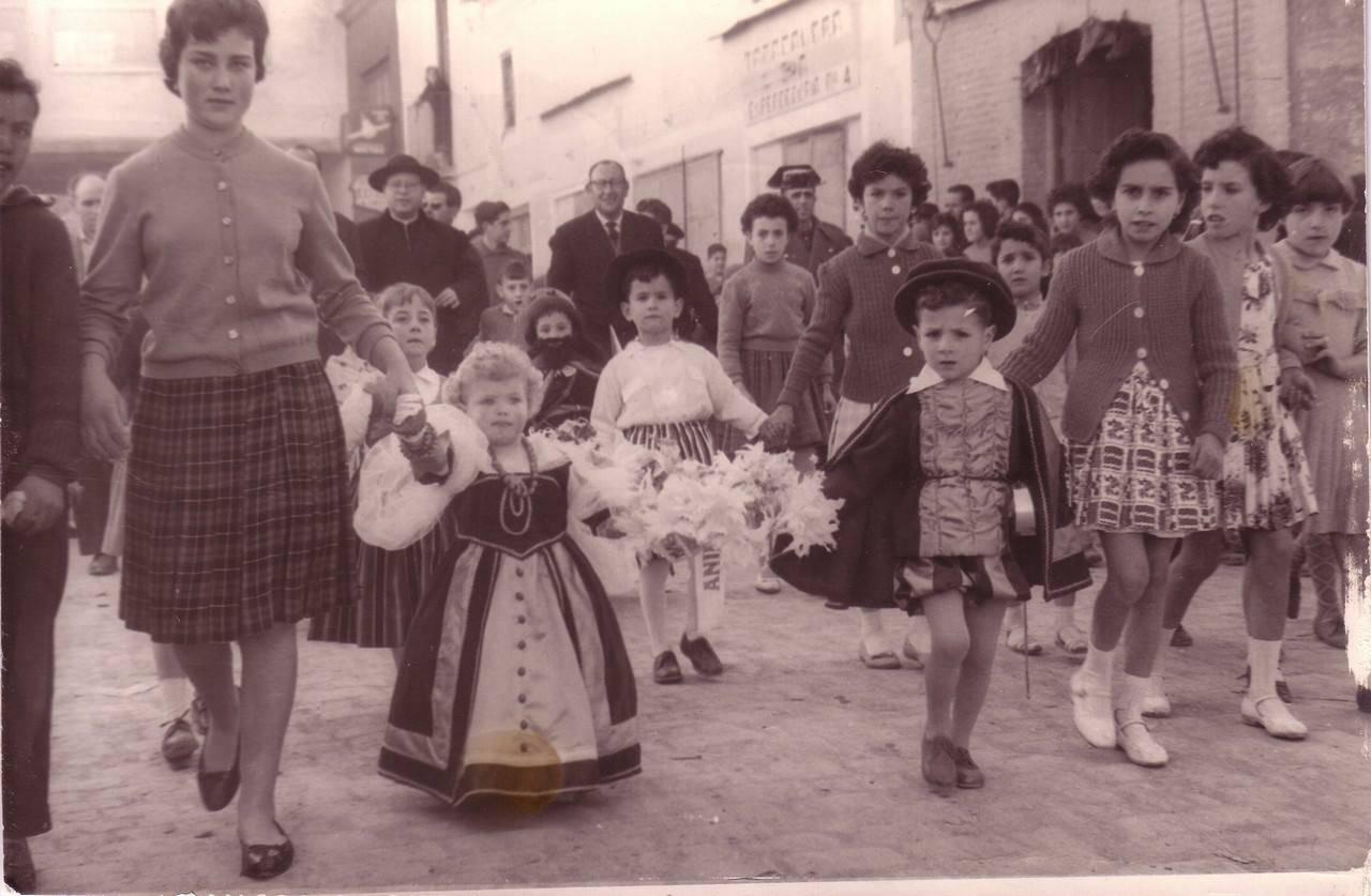 jineta de animas 1950 - Seguimos con la historia del Carnaval de Herencia a través de imágenes