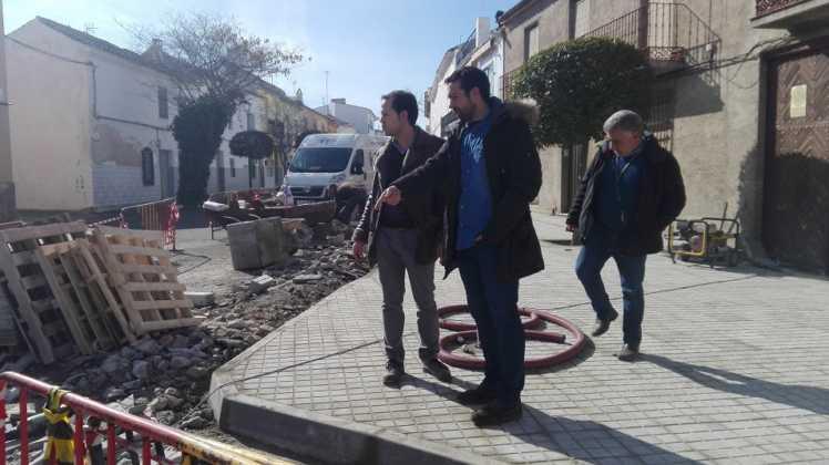 Remodelación de la intersección de la calle Cruces en Herencia 11