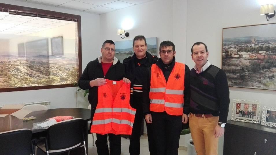 proteccion civil herencia donacion chalecos - Protección Civil de Herencia recibe nueva donación de material