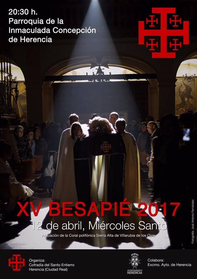 Besapie 2017 1 - Besapié al Cristo Yacente de la cofradía del Santo Entierro 2017