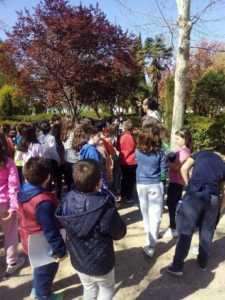 """Día del arbol colegios 225x300 - """"En busca de nuestras raíces. El patrimonio natural de Herencia"""""""