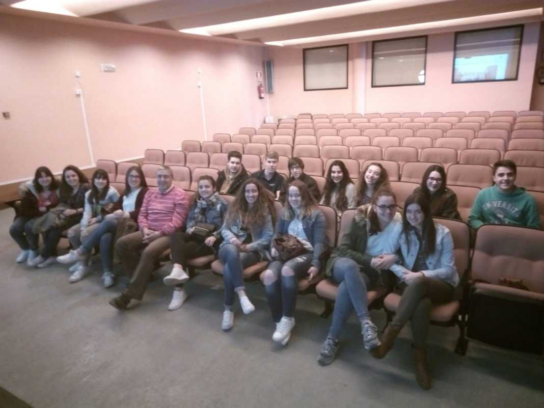 El Hospital Mancha Centro recibe la visita del Hermógenes Rodríguez 3