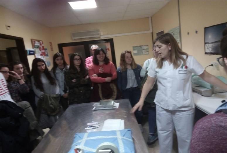 El Hospital Mancha Centro recibe la visita del Hermógenes Rodríguez 1