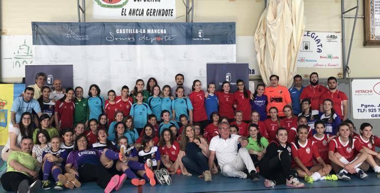 El director general de Juventud y Deportes destaca la calidad del deporte femenino en la región 4