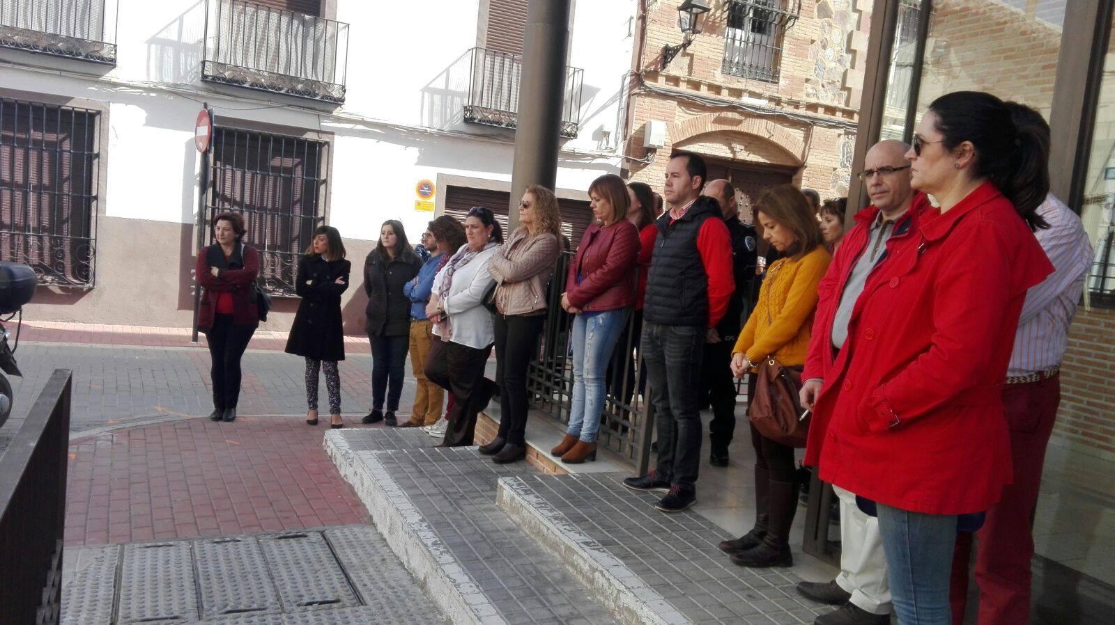 herencia contra violencia de genero - Silencio en Herencia contra la violencia de género en apoyo a Campo de Criptana