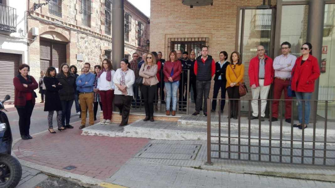 Silencio en Herencia contra la violencia de género en apoyo a Campo de Criptana 7