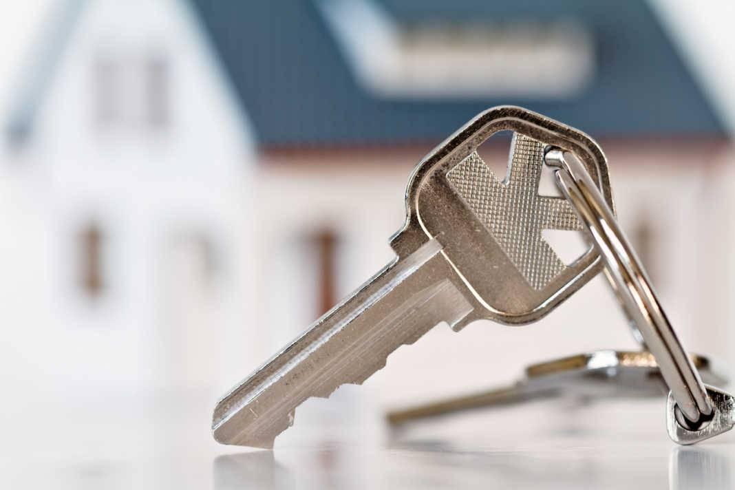 llaves vivienda compraventa 1068x712 - Crece la compraventa de viviendas nuevas y usadas en la región