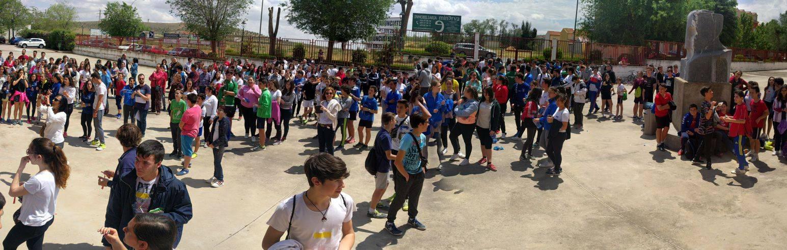 """Bocadillo Solidario 1 - Las XXI Jornadas Educación y Sociedad colabora con el proyecto """"Limpiabotas"""" de la Fundación Merced"""