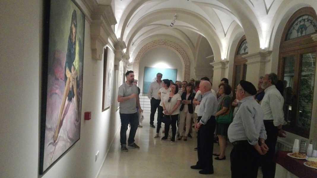 Claustro Ayuntamiento Herencia 1 1068x599 - Inaugurado el antiguo Claustro del Ayuntamiento como galería artística del patrimonio histórico de Herencia