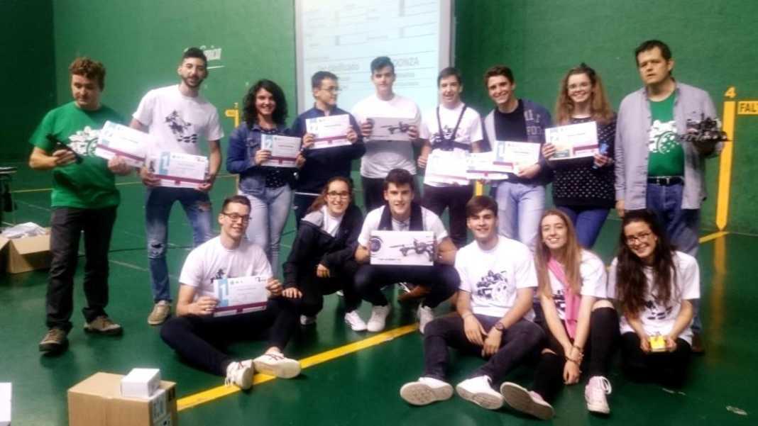 El IES Hermógenes Rodríguez se alza con tres galardones en la VII Competición de Robótica de Secundaria 8