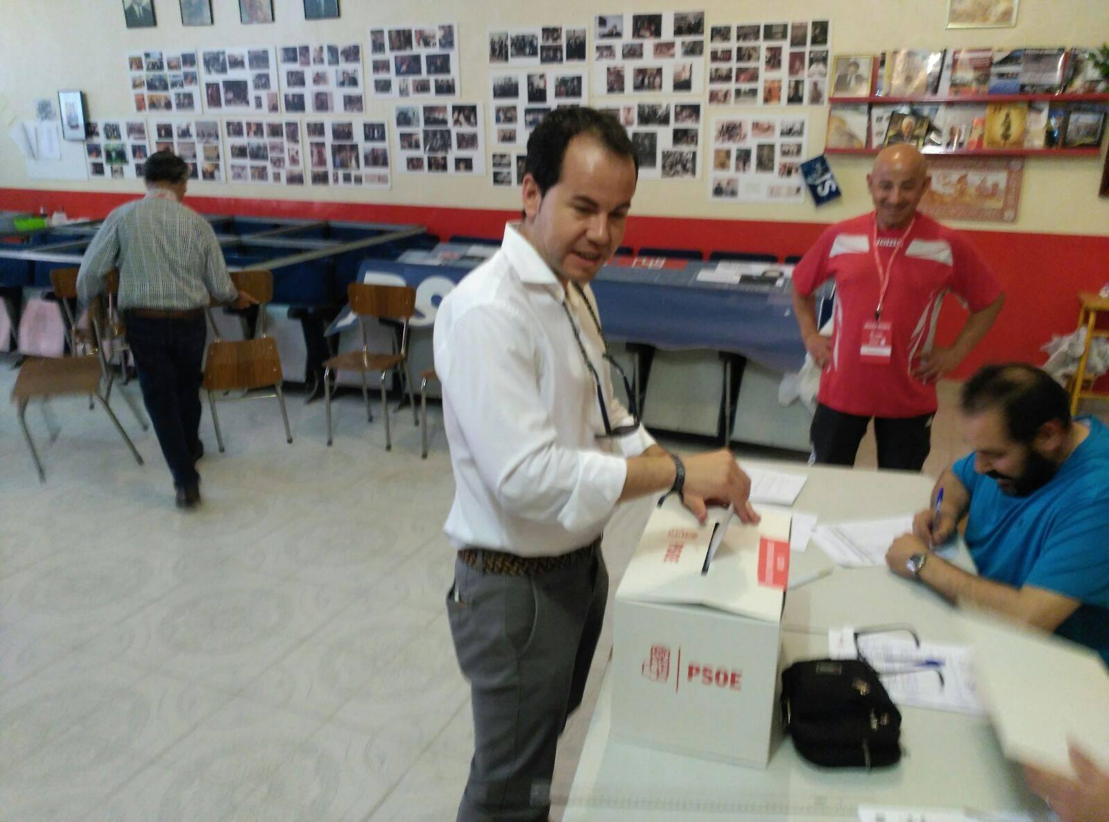 alcalde herencia votacion primarias psoe - PSOE de Herencia participa activamente en las Primarias del partido