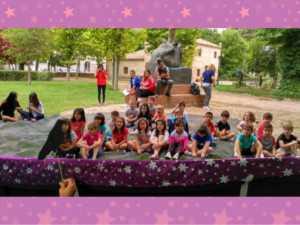 cuentacuentos bilinge 1 638 300x225 - Cuentos en inglés en el Parque de la mano del Hermógenes Rodriguez