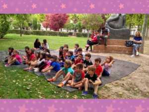 cuentacuentos bilinge 4 1024 300x225 - Cuentos en inglés en el Parque de la mano del Hermógenes Rodriguez