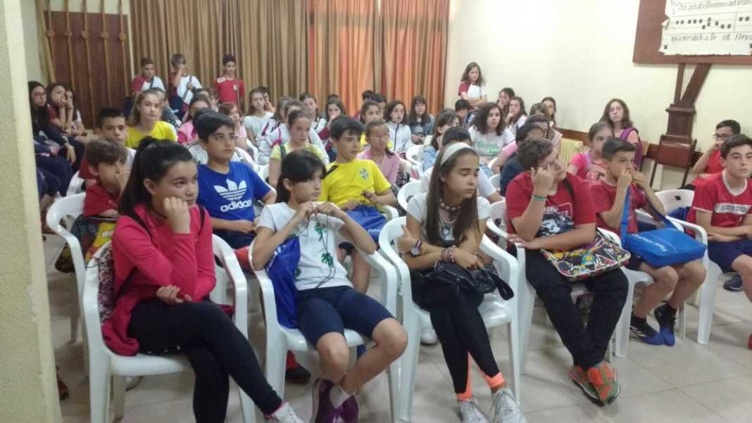 fin curso 1024x576 1068x601 - Termina la catequesis parroquial de infancia.