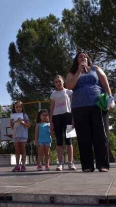 Acto entrrega bandera verde 1 235x420 - Entregada la distinción de Ecoescuela al CEIP Carrasco Alcalde