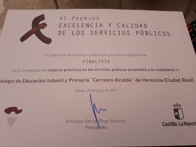 CEIP Carrasco Alcalde Premios Excelencia1 - El CEIP Carrasco Alcalde en la gala de los VI premios de Excelencia y calidad en la prestación de servicios públicos