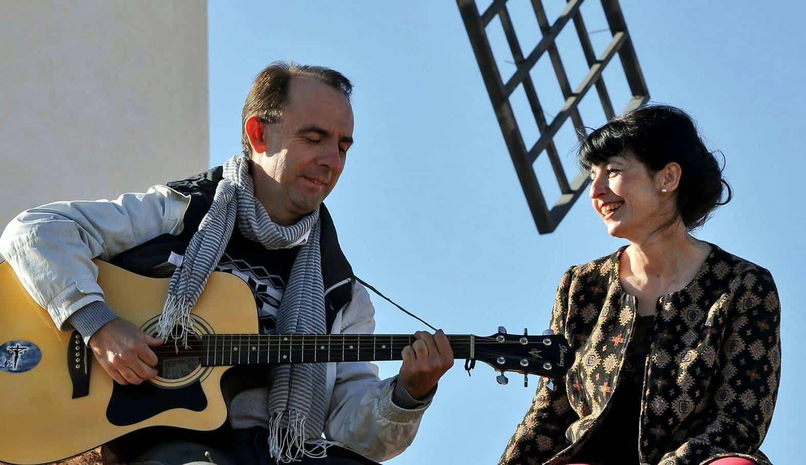 Cis Adar Mariavi y Miguel - Concierto de Cis Adar en Puebla de Almoradiel