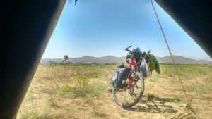 Perlé en el desierto persa celebrando su Cumpleaños. 21