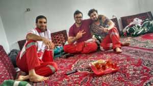 Perlexelmundo 176 182 3 300x169 - Perlé en el desierto persa celebrando su Cumpleaños.