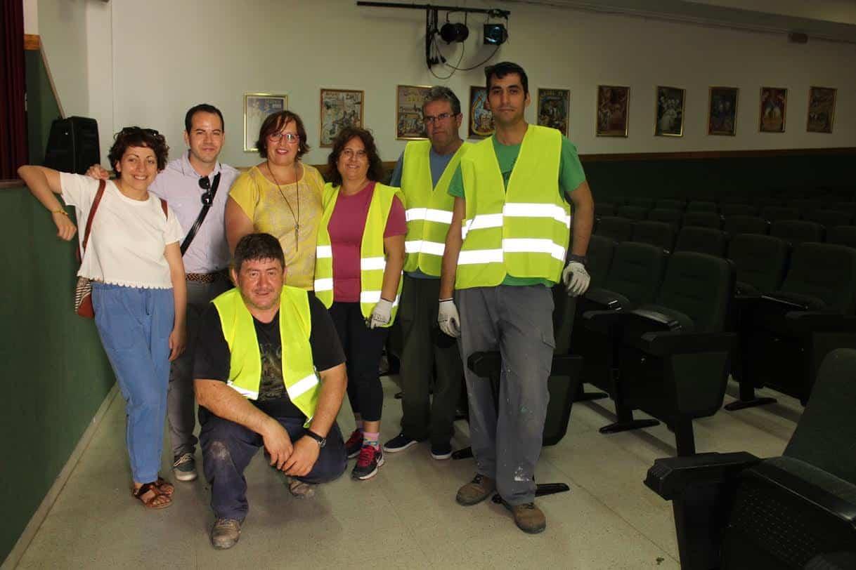 Visita de la delegada regional a Herencia - El Gobierno de García-Page invierte más de 306.000 euros en Herencia para fomentar el empleo de 56 personas desde el inicio de la legislatura