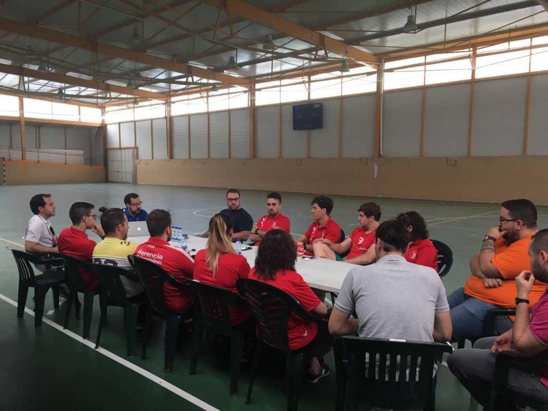 Resumen del I Clinic de Balonmano en Herencia 1