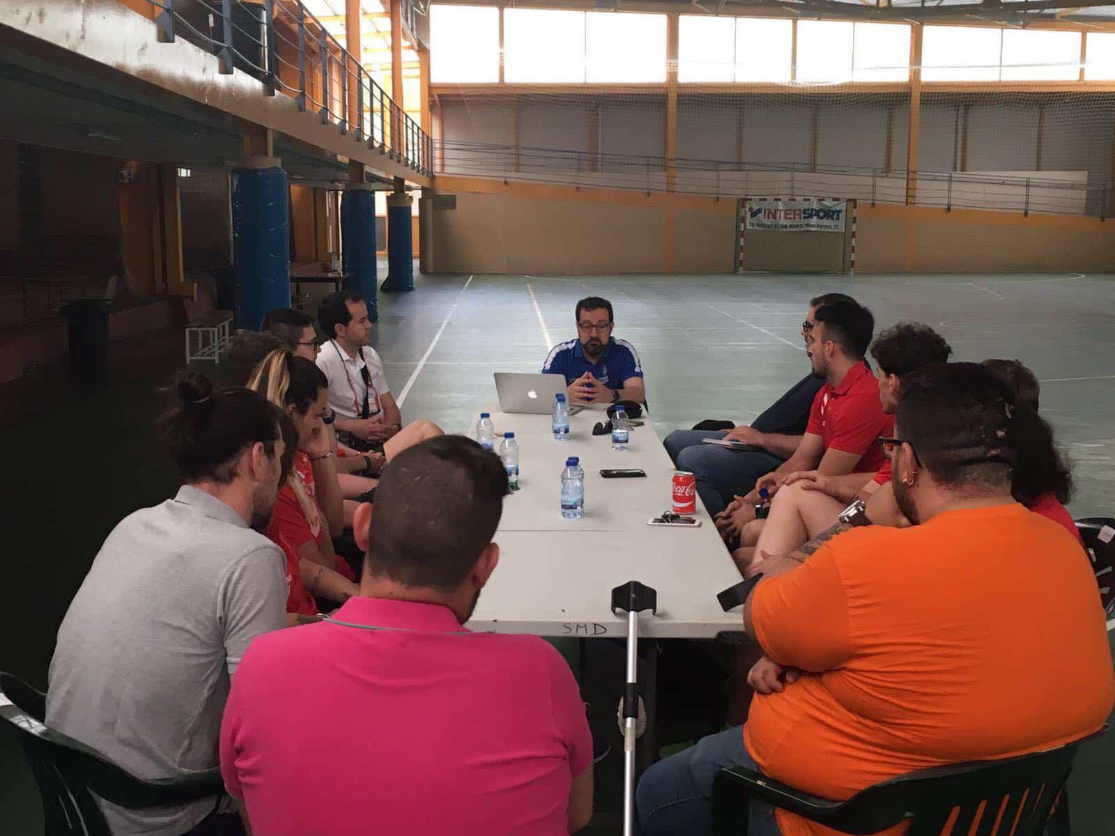 clinic balonmano herencia 2 - Resumen del I Clinic de Balonmano en Herencia