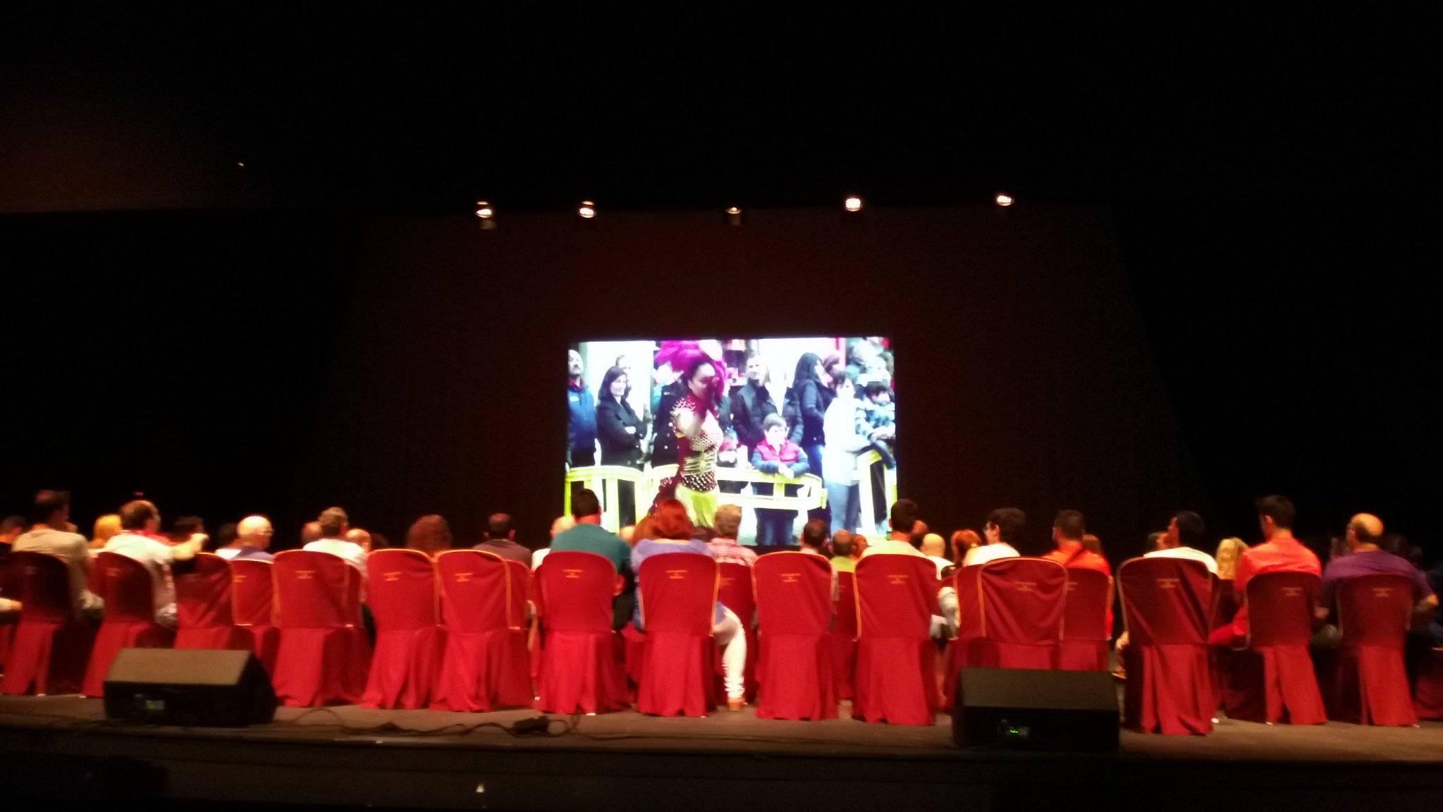 comision de carnaval en auditorio - La Comisión de Carnaval de Herencia habla de la Declaración de Interés Turístico Nacional