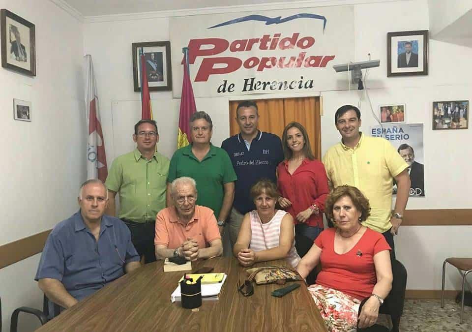 partido popular herencia adrian fernandez - Partido Popular de Herencia se reúne con Adrián Fernández