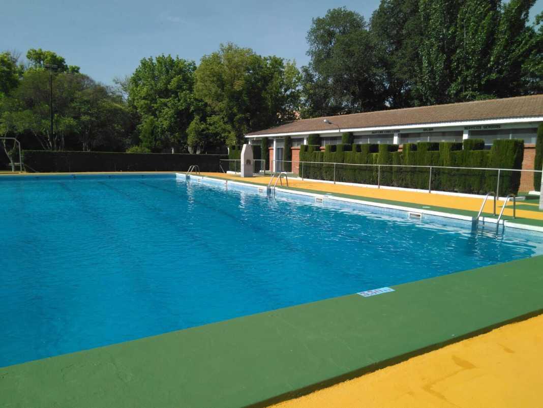 Un año más la piscina municipal cierra un día por mantenimiento de verano 18