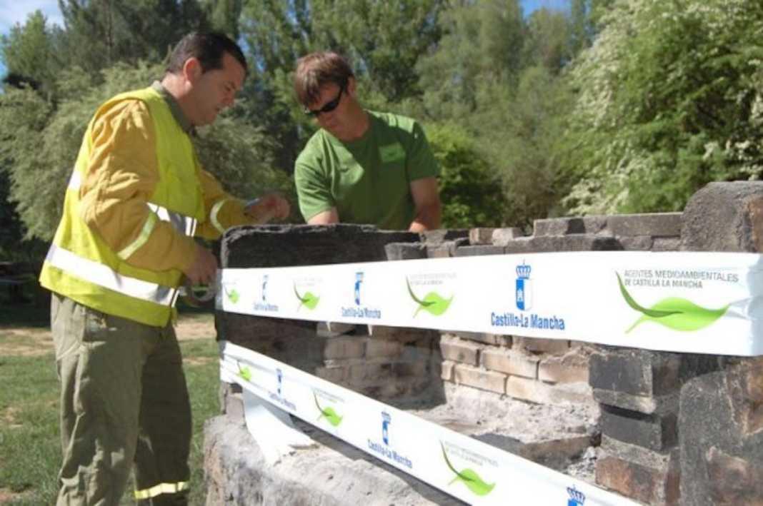 precinto de babarcoas prevencion incendios 1068x709 - Prolongada la prohibición de uso del fuego en medio rural por riesgo de incendio para octubre