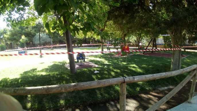 zona infantil parque herencia mal estado - 12
