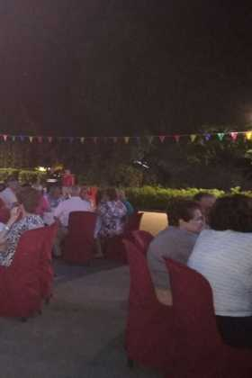 Encuentro de mayores de Herencia04 280x420 - Más de 300 personas en la I Cena de Gala del Día de los Abuelos